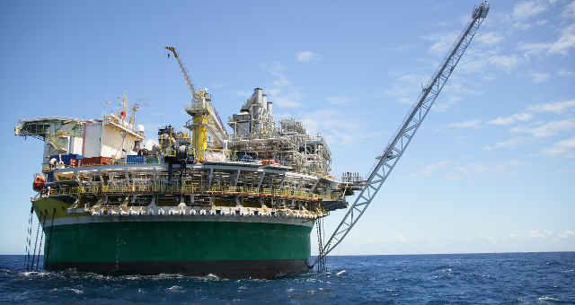 Petrobras lucra R$ 6,9 bi no trimestre