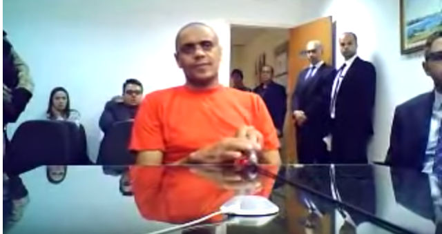 ADVOGADO DE ADÉLIO, ASSASSINO COMUNISTA QUE TENTOU MATAR BOLSONARO, TEM LIGAÇÃO COM O PCC