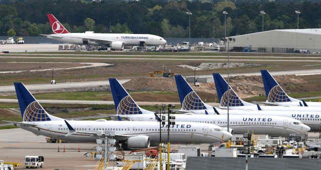 Aviões da United Airlines no aeroporto George Bush Intercontinental, em Houston, Texas