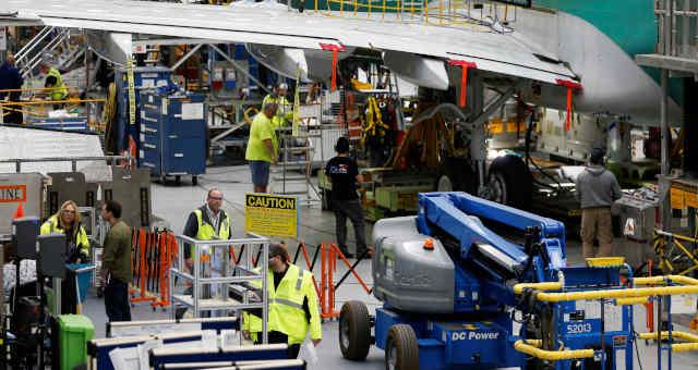 Empresas Trabalhadores em fábrica nos EUA