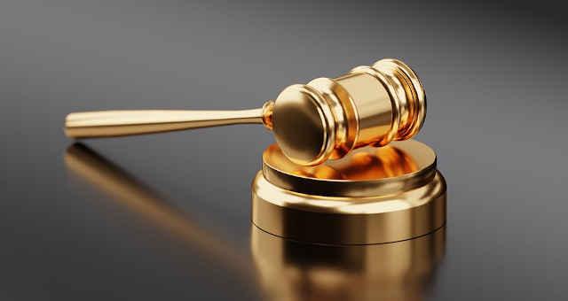 martelo ouro justiça