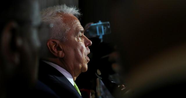CEO da Petrobras, Roberto Castello Branco, fala a jornalistas após leilão da cessão onerosa no Rio de Janeiro