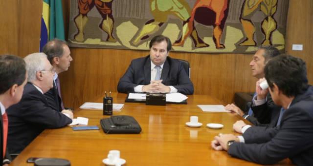 Rodrigo Maia Carlos Slim