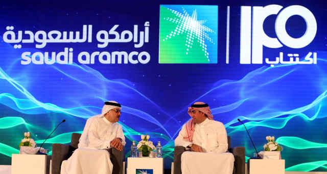 Anúncio de IPO da petroleira Saudi Aramco em Dhahran, Arábia Saudita