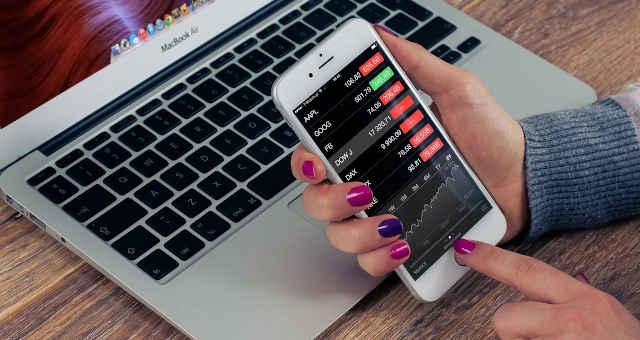 celular computador finanças análise economia mercado gráfico estatística preço