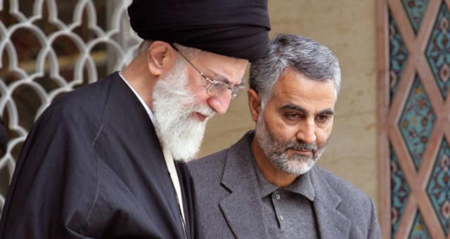 Aiatolá Khamenei e Qassem Soleimani