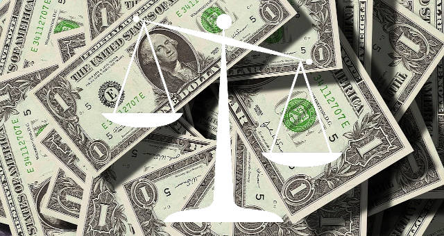 dólar balança justiça lei