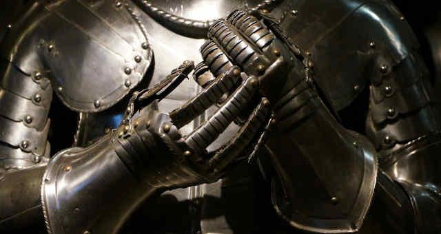 Armadura medieval, resistência, blindagem, força