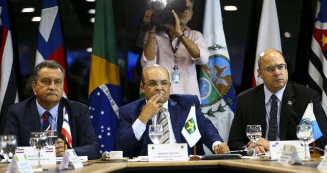 Rui Costa, da Bahia, Ibaneis Rocha, do DF, e Wilson Witzel