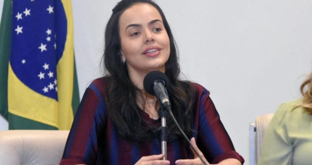 Deputada Shéridan