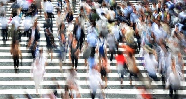 pessoas-população-pedestres-min