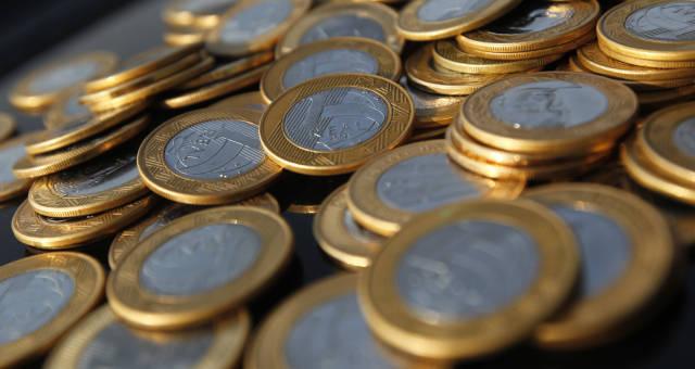 Cmn, moedas