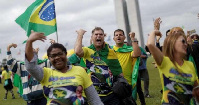 Manifestação pró Bolsonaro