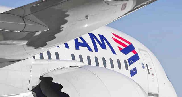 Avião da Latam TAM