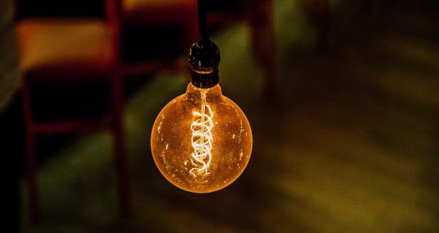 Energia Elétrica Lâmpada