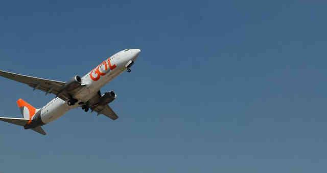 Avião da Gol GOLL4 decola de Congonhas, em São Paulo