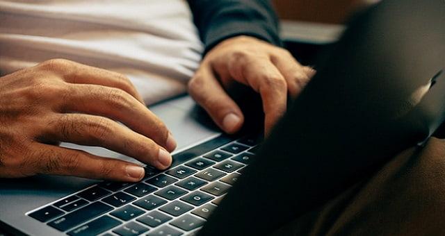 Internet - Computador - Trabalho - Home Office