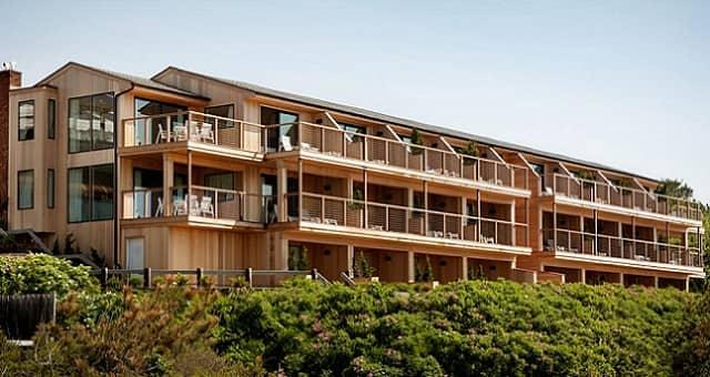 Hotel Gurney's Resorts