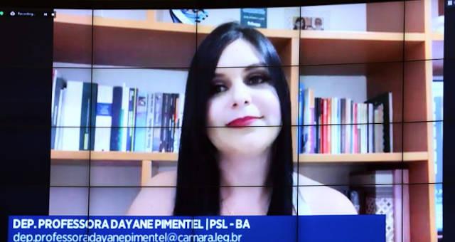 Dayane Pimentel