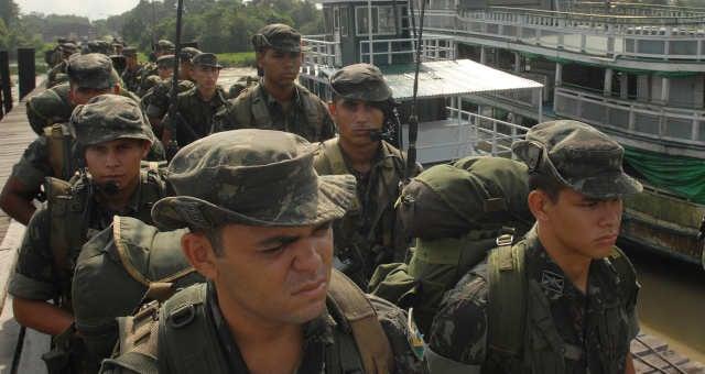 Soldados do Exército são enviados para cidades do Amazonas para fazerem segurança da eleição de 2010