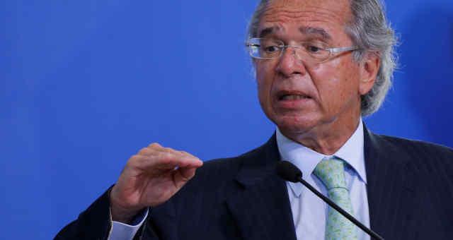 Ministro da Economia, Paulo Guedes, participa de cerimônia no Palácio do Planalto 19/08/2020 REUTERS/Adriano Machado