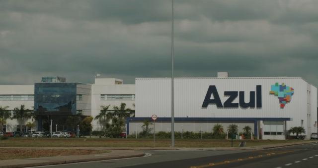 Azul AZUL4