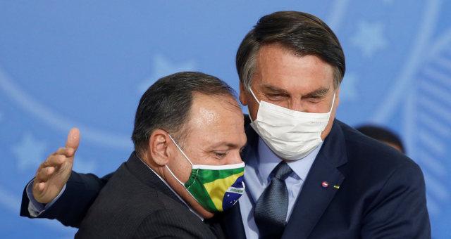 Bolsonaro e Pazuello