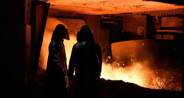aço siderurgia siderúrgica indústria produção
