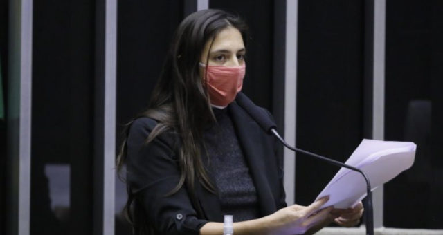 Natalia Bonavides