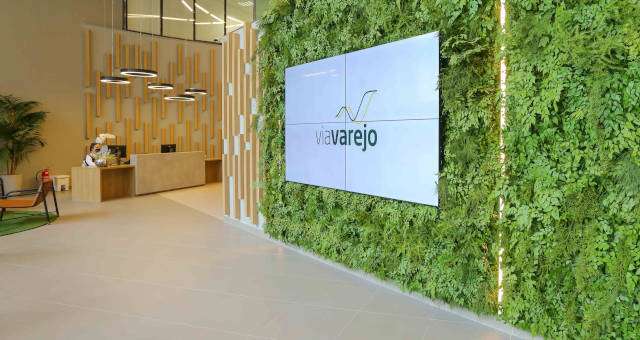 VVAR3 Via Varejo