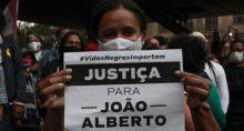 Negro João Alberto.