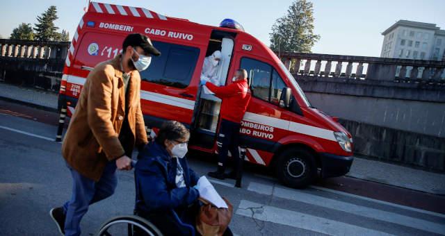 Coronavírus Saúde Hospital Ambulância