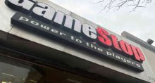 Fachada de loja da GameStop em Nova York