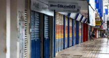Comércio e atividades consideradas não essenciais fecham as portas durante lockdown no Distrito Federal.