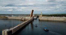 Sistema de esclusa de Sobradinho, no Rio São Francisco