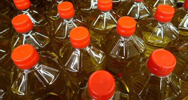 Garrafas de óleo de cozinha