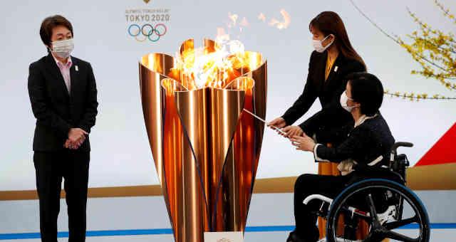 Primeiro dia do revezamento da tocha olímpica da Olimpíada Tóquio-2020