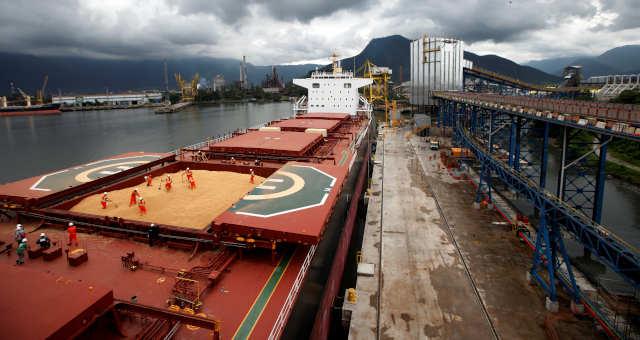 Soja no porto de Santos