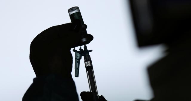 Vacinas, Justiça
