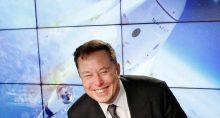Elon Musk após entrevista no Centro Espacial Kennedy 19/1/2020 REUTERS/Joe Skipper
