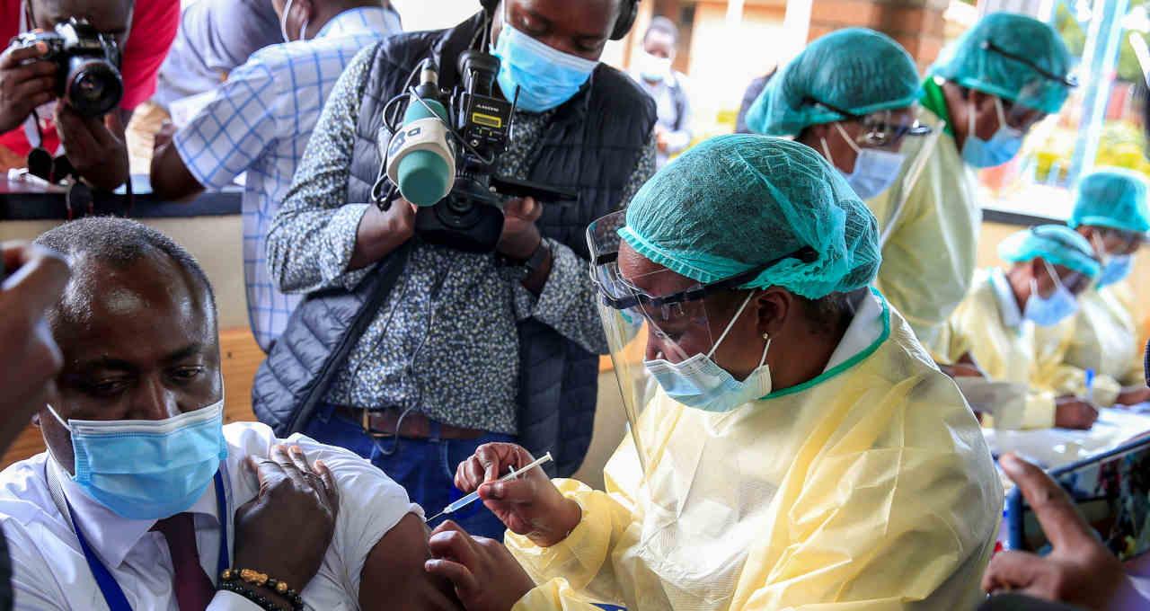 África, vacinas
