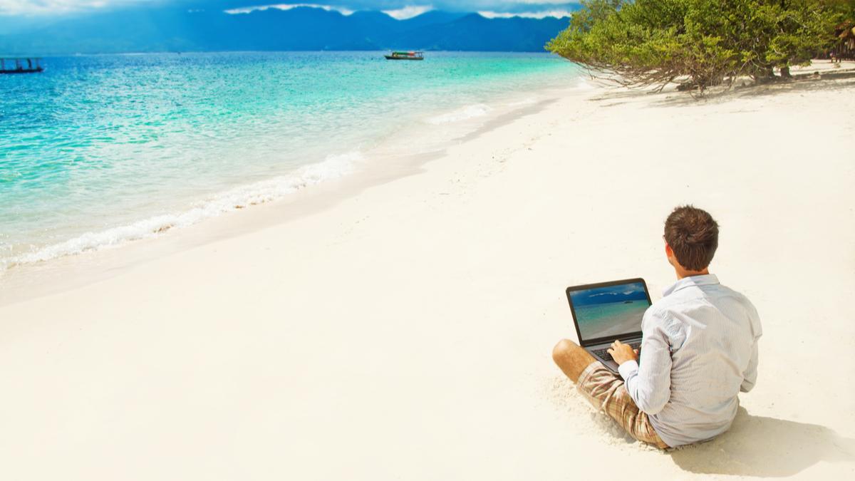 copywriting; copywriter; work; beach