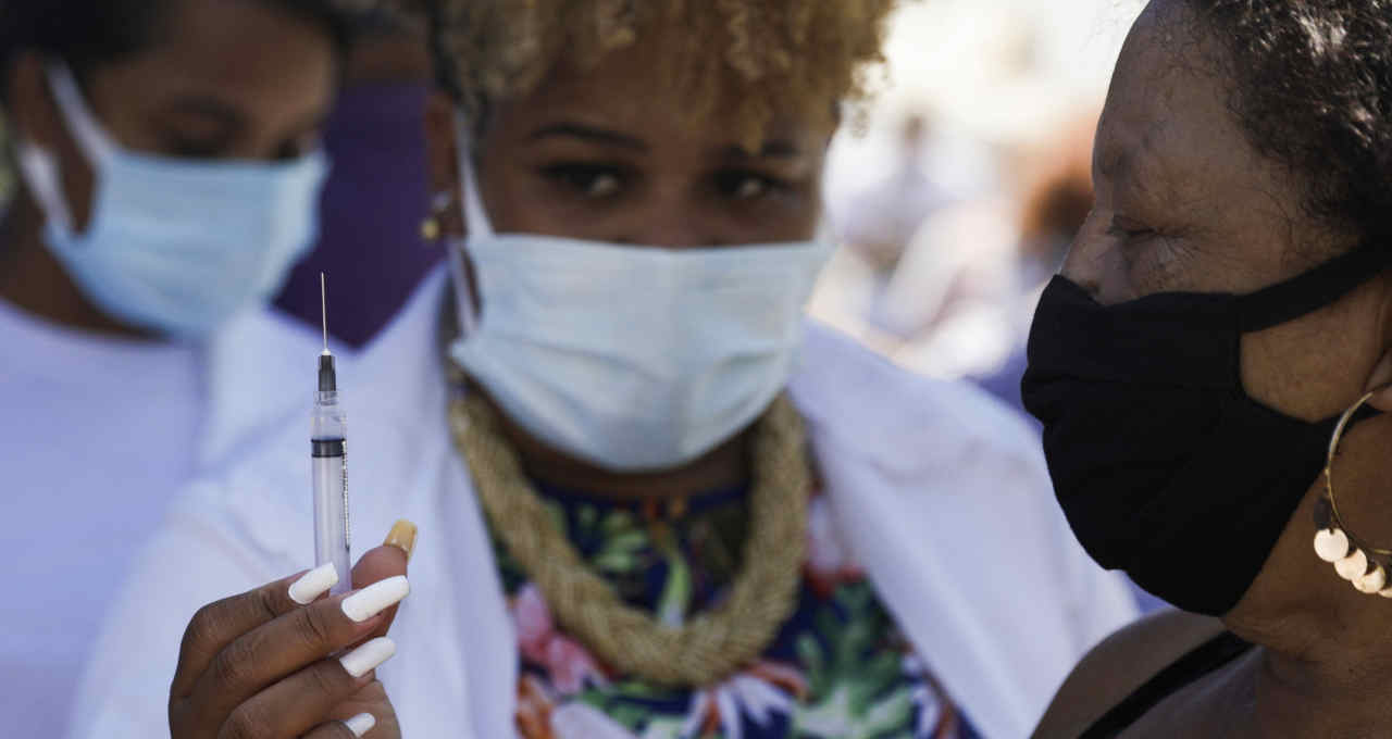 Vacinação com a CoronaVac