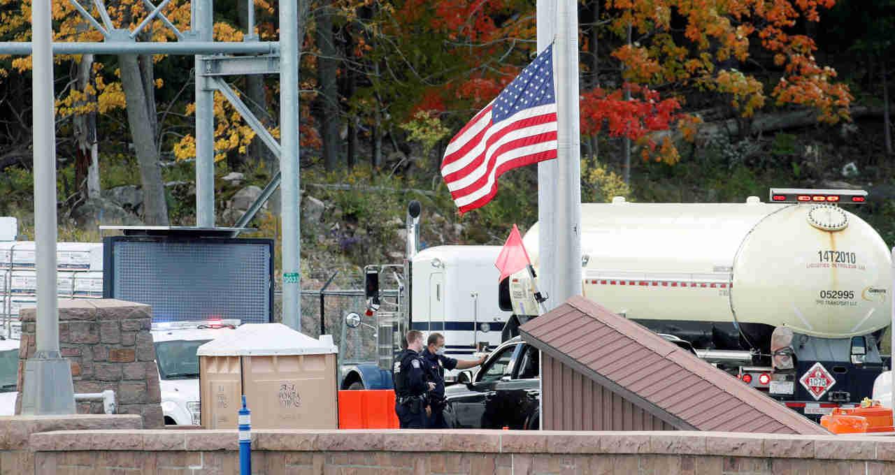 Fronteira Canadá-Estados Unidos em Lansdowne