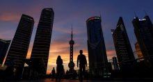 Distrito financeiro de Lujiazui em Xangai, China