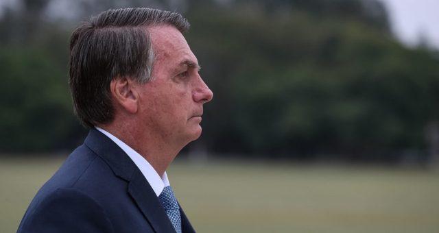 Bolsonaro diz que pediu estudo para privatização da Petrobras